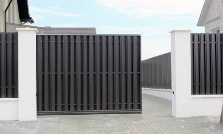 Откотные ворота из металлоштакетника